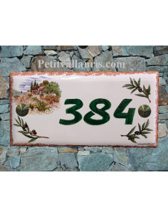Plaque de maison faience émaillée décor maison provençale et brins d'oliviers inscription personnalisée verte bord ocre