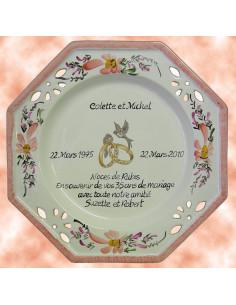 Assiette de Mariage octogonale décor fleurs saumons avec poème noces de rubis