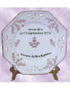Assiette octogonale ajourée pour baptême fille décor fleurs roses