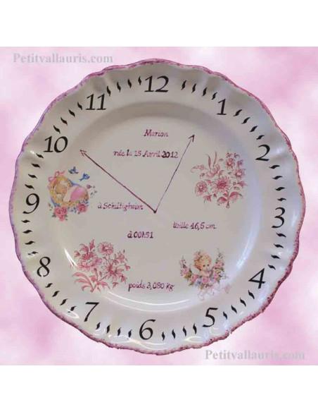 Assiette personnalisée en faience souvenir de naissance fille décor rose