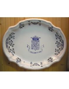 Plat ovale en céramique Armoirie de Clairissy