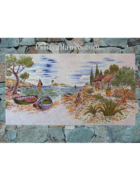 Fresque sur grand carreau rectangulaire en faience décor calanque et cabanon sur fond rose pâle