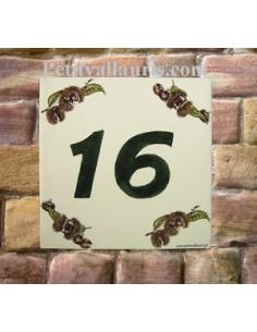 Numéro de Maison pose horizontale décor chataignes texte vert