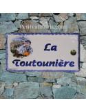 Plaque de maison faience émaillée décor pecheur breton inscription personnalisée verte