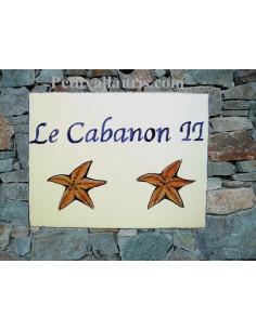 plaque de maison céramique décor étoile(s) de mer + inscription personnalisée couleur bleue