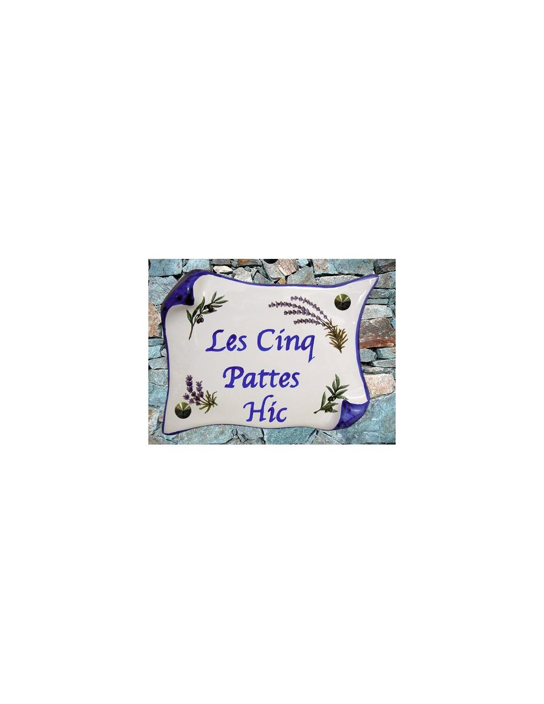 plaque de maison parchemin d cor brins de lavandes et d 39 oliviers inscription personnalis e bleue. Black Bedroom Furniture Sets. Home Design Ideas