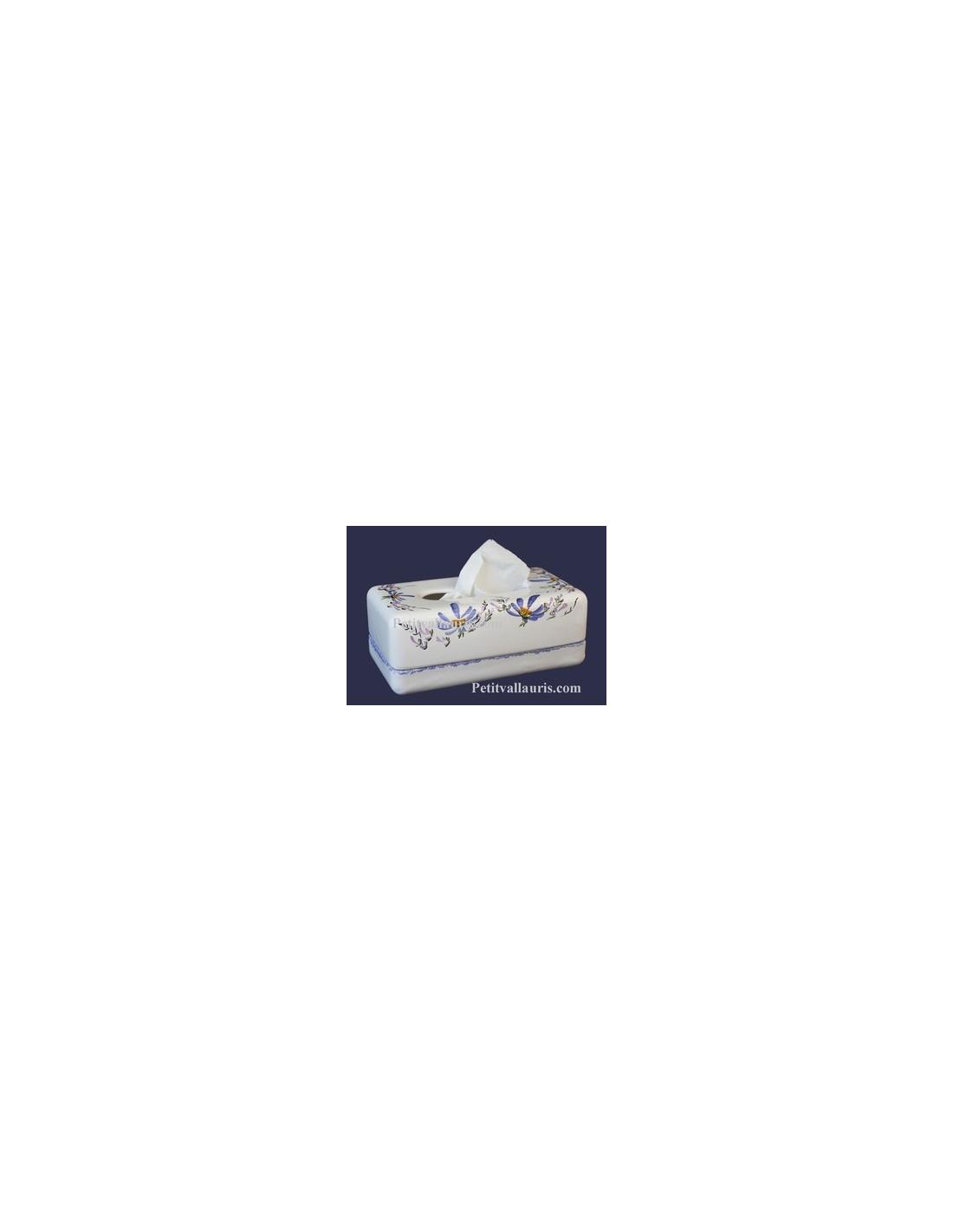boite mouchoir papier jetables en c ramique blanche et motits fleurs bleues. Black Bedroom Furniture Sets. Home Design Ideas