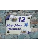 Plaque de Maison parchemin décor chalut et étoile des mers en relief inscription personnalisée bleue