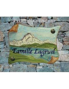Plaque de Maison parchemin décor personnalisé pic du midi d'ossau inscription bleue