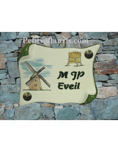 Plaque de Maison parchemin décor personnalisé moulin et ruche inscription verte