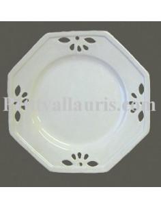 Assiette faïence octogonale ajourée émaillée unie blanche petit modèle