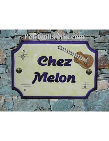 Plaque de Maison rectangle décor et texte personnalisés guitare et note de musique inscription et bord bleus