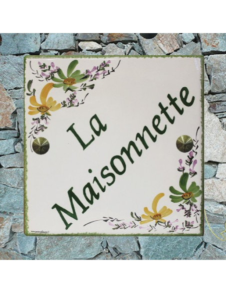 Plaque personnalisée pour votre maison décor fleurs vertes et jaunes-orangées inscription verte