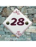 Numéro de maison décor fleurs et frise tradition vieux moustiers rose pose diagonale