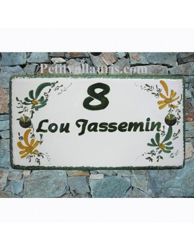 Plaque de Maison rectangle décor fleurs vertes et orangées inscription personnalisée bord verte