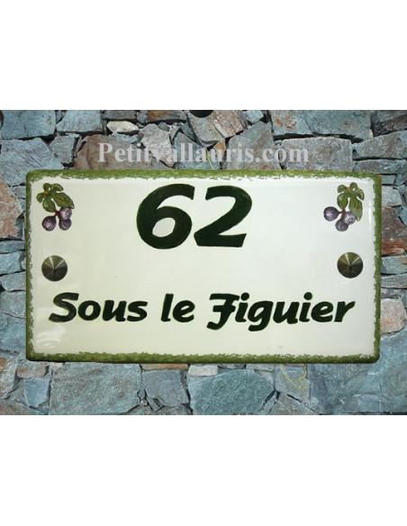 Plaque de Maison rectangle en céramique décor figues violettes + inscription personnalisée et bord verts