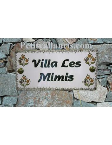 Plaque de Maison rectangle décor fleurs tradition vieux moustiers inscription personnalisée bord verte
