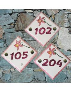 Numéro de rue ou de maison décor Brin d'Orchidée pose diagonale