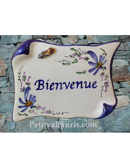 Plaque de Maison en faience modèle parchemin motif fleurs bleues cigale relief inscription personnalisée
