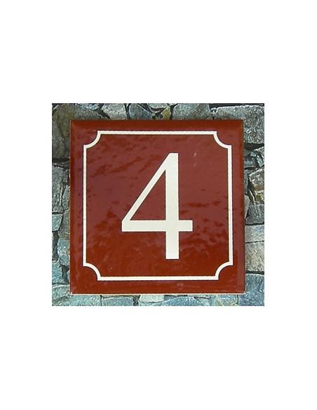 Numéro de rue fond pourpre liseré blanc n° 4
