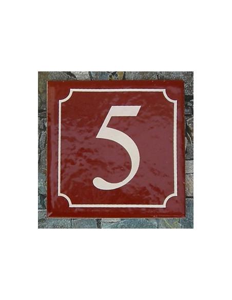 Numéro de rue fond pourpre liseré blanc n° 5