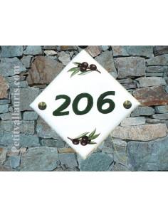 Plaque numéro de maison en faience émaillée motif Olives noires + chiffre personnalisé vert