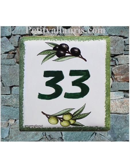 Numéro de maison en faience décor brins d'olives vertes et noires avec chiffre personnalisé