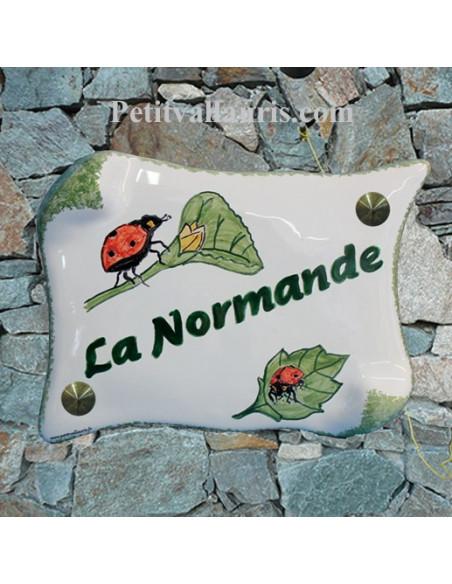Plaque de Maison en faience modèle parchemin motif artisanal coccinelles + inscription personnalisée