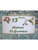 Plaque de Maison rectangle décor personnalisé colibri et hibiscus inscription verte
