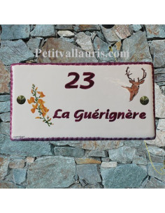 Plaque pour Maison rectangle décor personnalisé brin de genets et cerf inscription prune