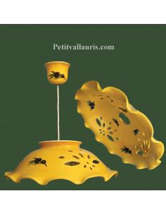 Suspension en céramique ajourée fond jaune Olives noires