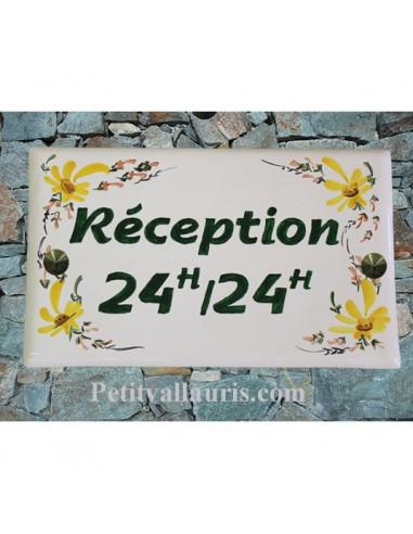 Plaque de Villa rectangle décor fleuri jaune texte vert Réception