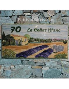 Plaque de maison en céramique émaillée décor artisanal Bastide et Charrette Provençale + inscription personnalisée