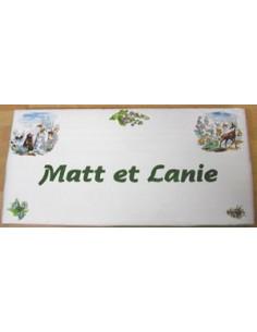 Plaque de Maison rectangle décor montagne marmotte et chamois personnalisée bord vert