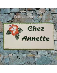 Plaque de Maison rectangle décor personnalisé les hibiscus inscription verte