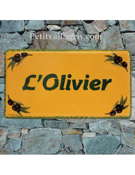 Plaque de Maison rectangle décor brins d'olivier aux angles couleur fond jaune provençal + inscription personnalisée verte