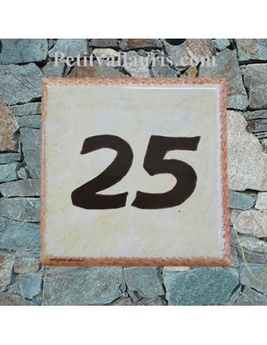 Num ro de maison chiffre marron et bord ocre fond jaune d for Numero de porte en faience