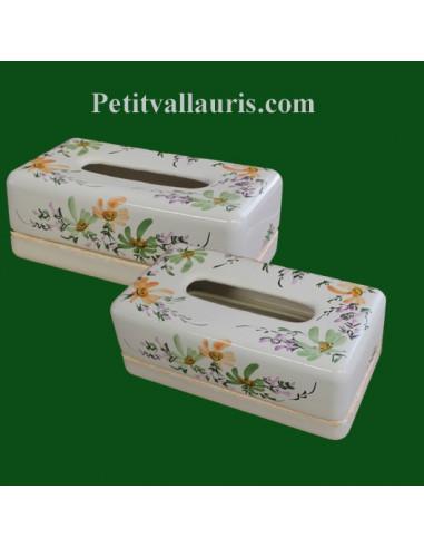 boite mouchoir papier jetables en c ramique blanche et motits fleurs vertes et oranges. Black Bedroom Furniture Sets. Home Design Ideas