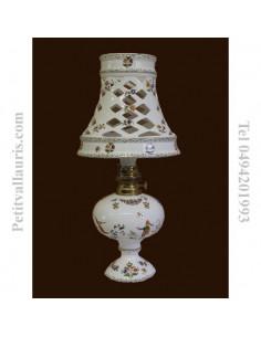 Lampe bec à pétrole avec abat-jour décor Tradition Vieux Moustiers polychrome PM
