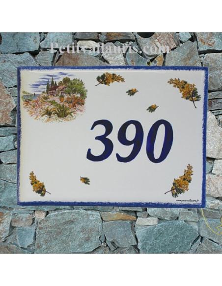 plaque de maison en céramique décor bastide provençale et brins de mimosas inscription personnalisée bleue