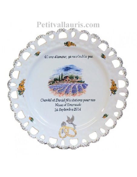 Assiette de Mariage modèle Tournesol décor champs de lavandes inscription avec citation noces d'emeraude