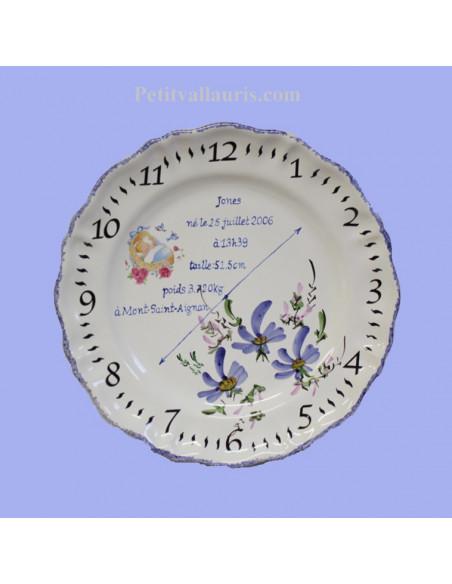 Assiette de naissance pour petit garçon modèle Louis XV décor Fleurs bleues