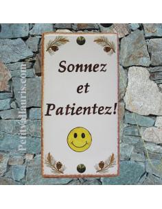 Plaque de Maison rectangle décor et pomme de pin +Smiley+inscription personnalisée