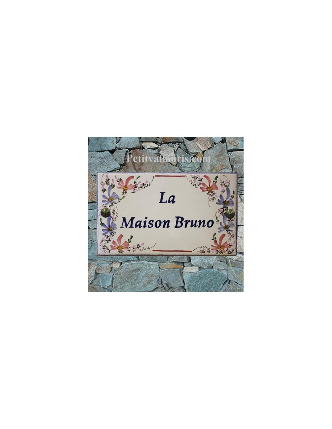 plaque de villa rectangle en c ramique maill e d cor artisanal fleurs bleues et roses. Black Bedroom Furniture Sets. Home Design Ideas