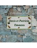 Plaque de maison faience émaillée décor brins de mimosas inscription personnalisée verte