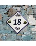 Numéro de rue ou de maison décor brins de lavande chiffre noir pose diagonale