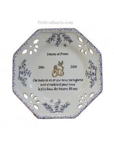 Assiette de Mariage octogonale petit modèle poème noces d'or décor tradition vieux moustiers bleu
