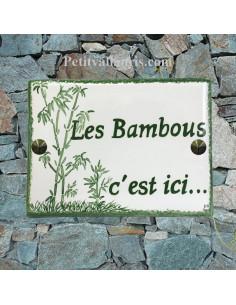 plaque de maison céramique décor artisanal bambou inscription personnalisée couleur verte