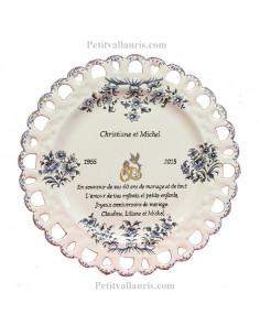 Assiette de Mariage modèle Tournesol décor tradition vieux moustiers bleu inscription avec citation noces de diamant