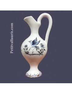 Petite aiguière en faïence décor inspiration Tradition Vieux Moustiers bleu